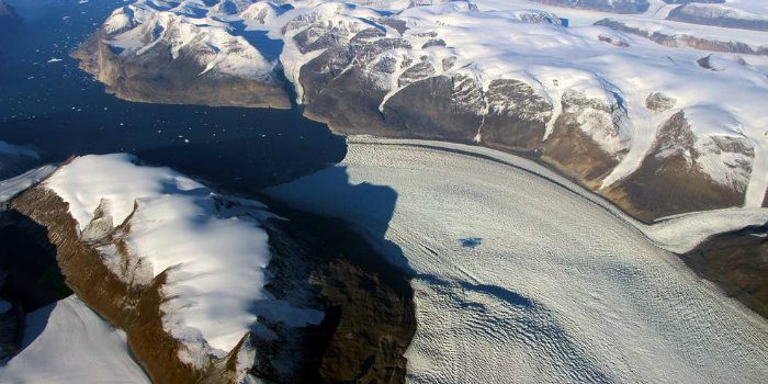 Rink Glacier in Greenland. Photo: NASA/OIB.